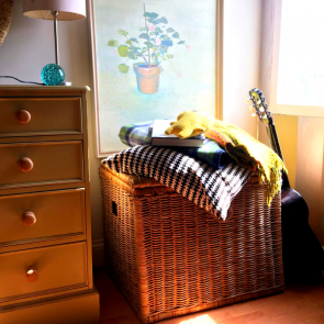 Wicker hamper /storage basket (large)