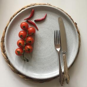 rediscova winter white artisan plate
