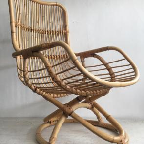 Bamboo Armchair with circular base